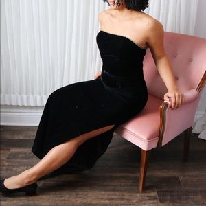 90's / Y2K Black Velvet Gunne Sax Gown
